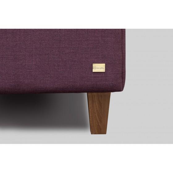 Tvirtos, natūralios beržo arba ąžuolo medienos lovos kojos.