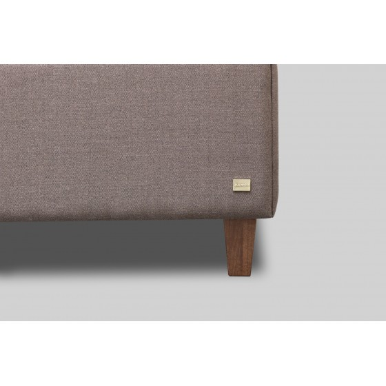 Platus baldinio audinio spalvų pasirinkimas.