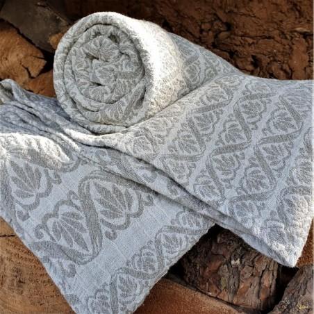 Puslininis žakardinis rankšluostis su įvairiais ornamentais